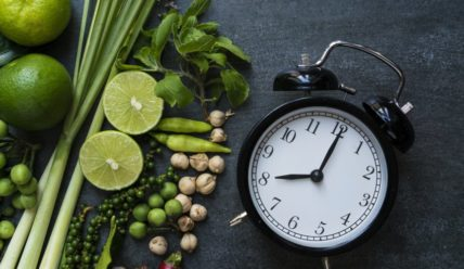 Хронодиета – стоит ли есть по часам ?