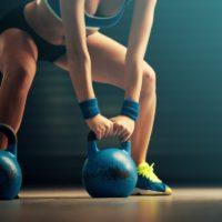 Кроссфит для женщин: заблуждения, плюсы, примерный план